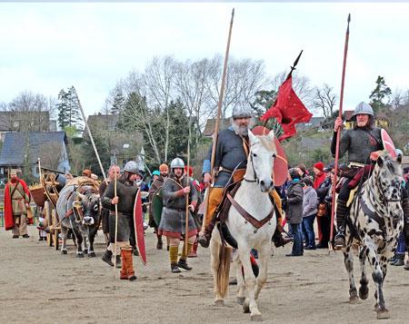 Dominus von Lauresham führt den Heerestross aus dem Herrenhof Lauresham