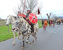 Lauresham mit seinem Heerestross auf dem Weg zur Königshalle in Lorsch