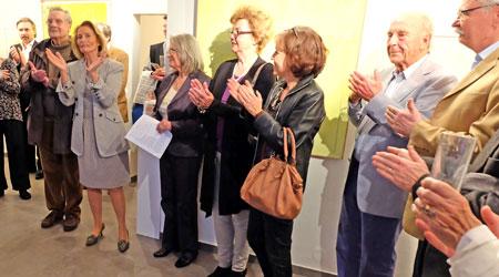 © massow-picture vl. Kulturdezernentin Rose-Lore Scholz, Birgit Haasner, Stadträtin Christa Knauer u.Parlamentspräsidentin Katharina Queck.  Beifall für 30 Jahre Galerie Haasner.  auf rhein-main.eurokunst.com