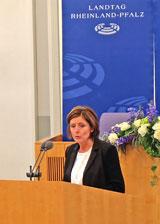 © massow-picture. Malu Dreyer, Ministerpräsidentin des Landes Rheinland-Pfalz ist Schirmherrin der Konferenz.