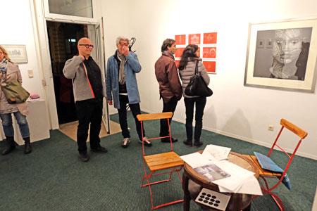 © massow-picture: Galerie Pokusa des Polnischen Kultursalons Wiesbaden e.V., Albrechtstr. 40 näherte sich mit Grafiken von Anna Gawlikowska und anderen dem Thema Mon Amour!