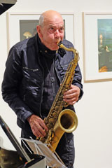 Jazzlegende Heinz Sauer am Saxophon.  © massow-picture