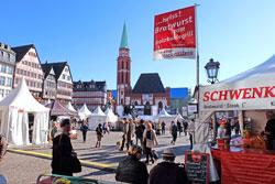 Bratwürste in allen Varianten landestypischer Rezepte scheinen des deutschen Seele besonders zu verbinden.  © massow-picture