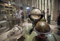 Sammlung Waldschmidt, Globen und Messinstrumente, © Foto: Petra Welzel, Historisches Museum Frankfurt (hmf)