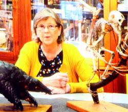 Prof. Georgina Mace, PhD Leiterin des Zentrums für Biodiversität und Umweltforschung am University College London. Fotomitschnitt aus Video-Reportage