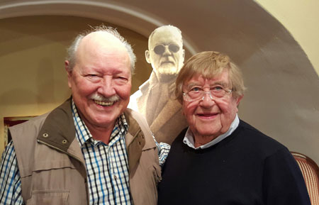 Herbert Bonewitz und Rudi Henkel im Kabarettarchiv.