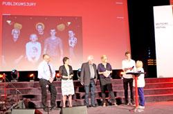 """Wiesbadener Publikumsjury  zeichnen """"Die Ungehorsame"""" (Sat.1) mit dem Publikumspreis aus. Foto © massow-picture"""