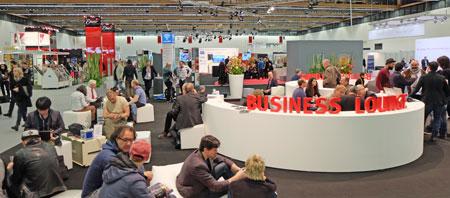 Business meets Business im exklusiven Bereich für Aussteller, Industrie Vertriebe, Media, Händler, Einkäufer und Networking in Halle 11.1. © massow-picture