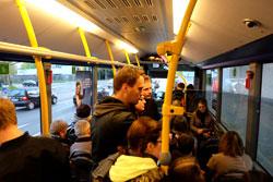 Bequem im 5- bis 10minütigen Shuttlebus-Takt durch die ganze Stadt bis nach Offenbach und Höchst. © massow-picture