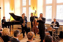 Pjotr Swecz (Saxofon) und Jakub Olejnik (Bassist), Breslau; José María Mugica Alustiza (Percussion) und José María Dorronsoro Paulis (Trompete). San Sebastian; Martin Pfeifer (Pianist) und Jens Mackenthun (E-Gitarre), Wiesbadener Musik- und Kunstschule.© massow-picture