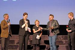 Preis des Auswärtigen Amtes für kulturelle Vielfalt im Wert von 4.000 Euro ging in diesem Jahr an den russischen Dokumentarfilm FREMDE ARBEIT D.v. Goddenthow © massow-picture