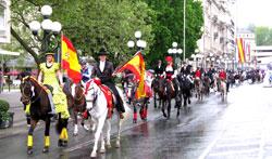 Auch bei der Wiesbadener Pferdenacht mit dabei: die andalusische Reiterstaffel.© massow-picture