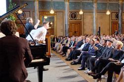 David Geier, Tim Speckhardt, Johannes Kastl, Christian Gerhard (Klavier) begeistern das Publikum. © massow-picture