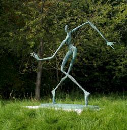 Hin und weg, 2013, Bronze, 147 x 170 x 85 cm Foto: © Rother Winter