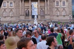 Großes Theater- und Biennale-Fest am 3.September 2016 in den Theaterkolonaden und rund um das Festival-Gelände Foto: Diether v. Goddenthow © massow-picture