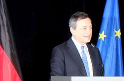 Schirmherr Mario Draghi begrüsste die Gäste in der EZB am 4.Oktober 2016. Foto: Diether v. Goddenthow © atelier-goddenthow