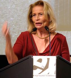 Kulturdezernentin Rose-Lore Scholz. Foto: Diether v Goddenthow