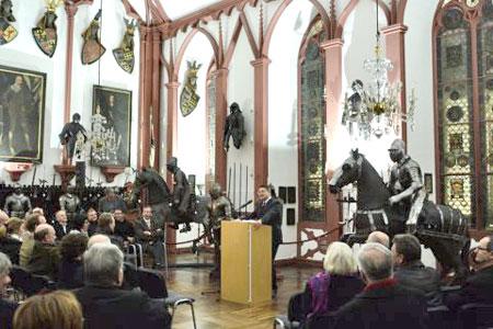 Deutsches Elfenbeinmuseum Im Erbacher Schloss Neu Eröffnet Land