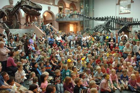 Familienfestim Senckenberg Naturmuseum Frankfurt, Foto Senckenberg