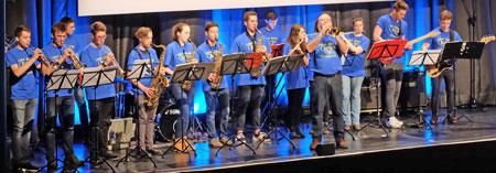 """""""Losin' Groove, der Big Band des Stefan-George-Gymnasiums Bingen, Foto: Diether v. Goddenthow  © atelier-goddenthow"""