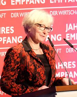 Dr.Andrea Benecke, der Vizepräsidentin der Landespsychotherapeutenkammer Rheinland-Pfalz. Foto: Diether v. Goddenthow  © atelier-goddenthow