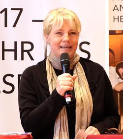 Bestsellerautorin und Schriftstellerin Nele Neuhaus: Ich bin sehr, sehr gerne dabei. Ich versuche mich einzubringen, wo ich das eben kann. Foto: Diether v. Goddenthow