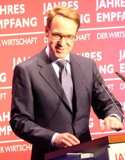 Bundesbank-Präsident Dr. Jens Weidmann, Hauptredners des Abends, erteilt der Niedrigzinspolitik der EZB eine klare Absage. Foto: Diether v. Goddenthow  © atelier-goddenthow