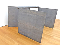 Richard Serra, V+5c Michael Heizer 1969 Foto: Diether v. Goddenthow