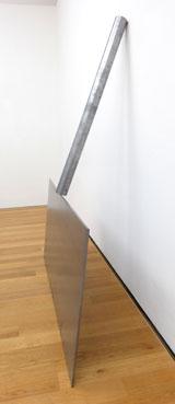Richard Serra, Shovel Plate Prop, 1969 Foto: Diether v. Goddenthow