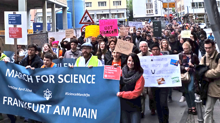 March for Science Frankfurt am 22.April 2017 Foto: Diether v. Goddenthow