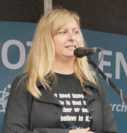 Dr. Stephanie Dreyfürst, stellvertretende Vorsitzende der Gesellschaft zur wissenschaftlichen Untersuchung von Parawissenschaften, GWUP. Foto: Diether v. Goddenthow