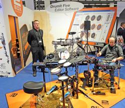 Drum-Software erobert zusehends die Szene.Foto: Diether v. Goddenthow