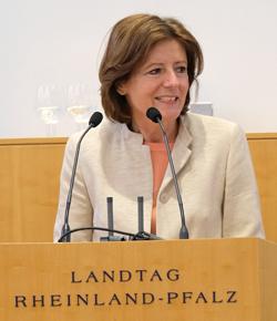 Ministerpräsidentin und Bundesratspräsidentin Malu Dreyer Foto:. D. v. Goddenthow © atelier-goddenthow