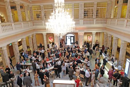 Marmorsaal auf Henkellsfeld der Sektkellerei Henkell & Co. Foto:. Diether v. Goddenthow © atelier-goddenthow