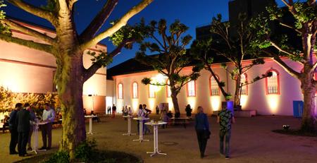 Der idyllische Innenhof des Mainzer Landesmuseums wird sich zu den Veranstaltungsterminen in ein Open Air Kino verwandeln. Foto: Diether v. Goddenthow © atelier-goddenthow