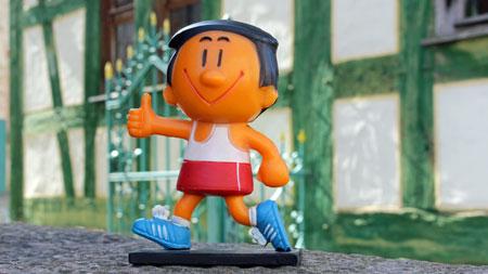 rimmy kommt ins Freilichtmuseum. Am 8. Juli geht es bei der Eröffnung des Trimm-dich-Pfads sportlich zu.