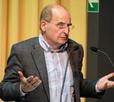 Laudator: Dr. Lothar Schöne. Foto: Diether v. Goddenthow