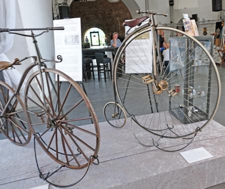 Vom Hochrad bis zum E-Bike - 200 Jahre Fahrradgeschichte. Foto: Diether v. Goddenthow © atelier-goddenthow