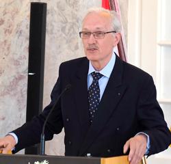 Professor Dr. Klaus Eiler, Leitender Archivdirektor des Hessischen Hauptstaatsarchiv i.R. Foto: Diether v. Goddenthow