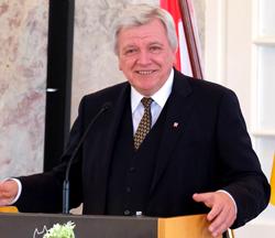 Ministerpräsident Volker Bouffier. Foto: Diether v. Goddenthow