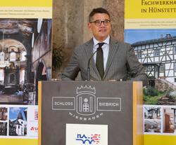 Kunst- und Kulturminister Boris Rhein Foto: Diether v. Goddenthow