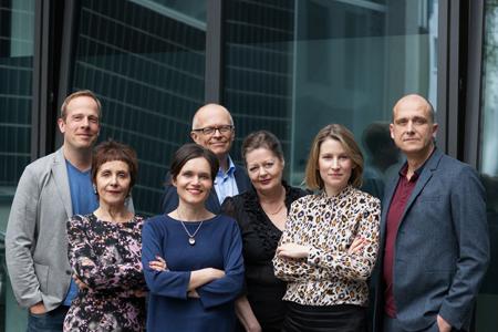 Die Jury des Deutschen Buchpreis 2017 V.l.n.r.: Tobias Lehmkuhl, Maria Gazzetti, Katja Gasser, Lothar Schröder, Silke Behl, Mara Delius, Christian Dunker Copyright: Christina Weiß
