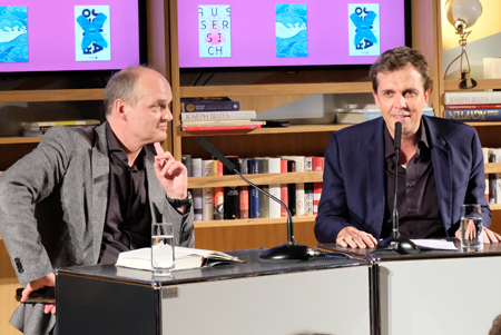 Thomas Lehr mit Alf Mentzer. Foto: Diether v. Goddenthow