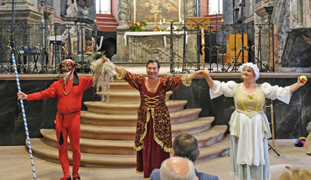 """""""Die Macht der Maske in der Kunst der Commedia dell'arte"""" Bernhard Mohr, Pegasus-Theater Organisiert von der Stadt Idstein. Foto: Diether v. Goddenthow"""