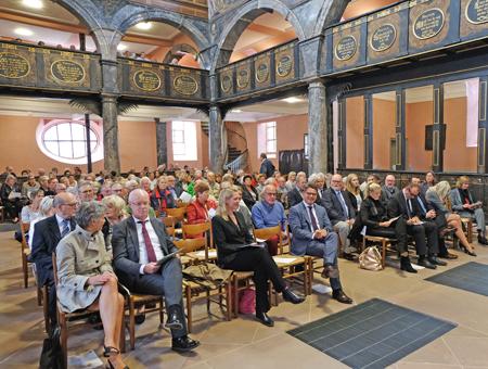 Festliche Eröffnungsveranstaltung des Tages des offenen Denkmals in Hessen, unter anderem mit Kunst- und Kulturminister Boris Rhein. Foto: Diether v. Goddenthow