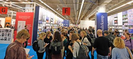 Frankfurter Buchmesse 2017  mit Besucherrekord. Foto: Diether v. Goddenthow