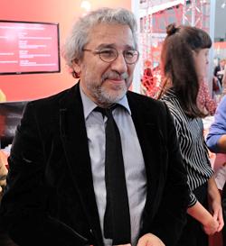 Gast bei der Preisverleihung war der türkische, inzwischen in Deutschland lebende Journalist Can Dündar.Foto: Diether v. Goddenthow