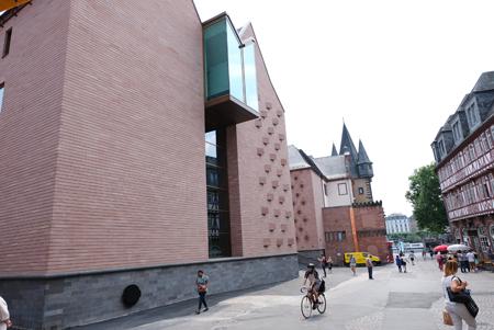 Neues Ausstellungshaus Historisches Museum Frankfurt Foto: Diether v. Goddenthow
