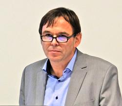 Die Keynote sprach Hermann-Josef Tenhagen,   Chefredakteur und Geschäftsführer der Finanztip Verbraucherinformation gGmbH. Foto: Diether v. Goddenthow
