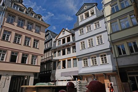 Hühnermarkt in der teilrekonstruierten Frankfurter Altstadt.  Foto: Diether v. Goddenthow